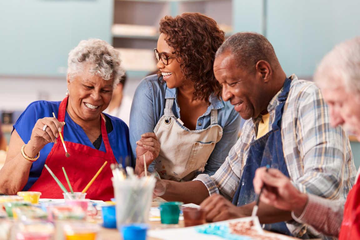 Consejos para elegir el centro de día para mayores adecuado
