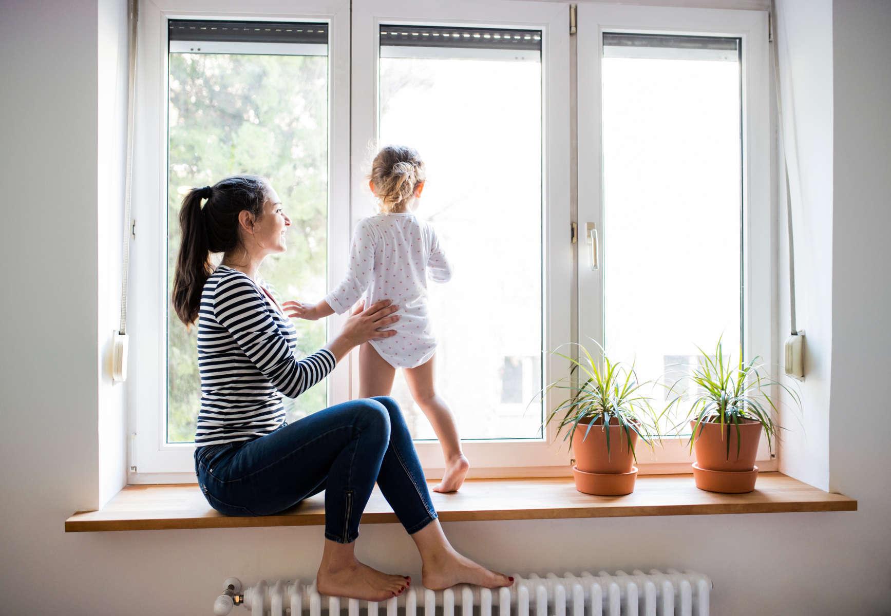 Mantener a los niños en contacto con la luz solar es indispensable para su crecimiento
